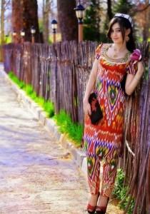 Красотка Таджичка в платье Атлас