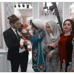 Семейное фото Фаридуна с Фарзоной и дочкой