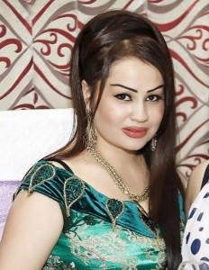 Певица Таджичка