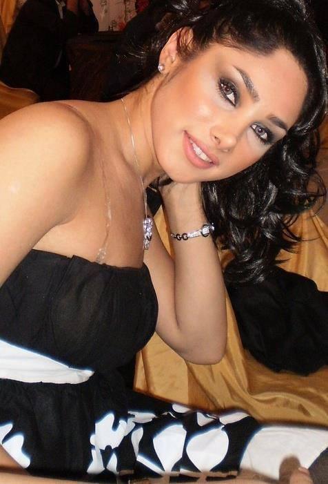 Beautiful woman pussy open photo