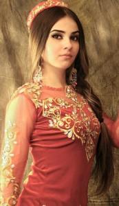 In red Tajik wooman