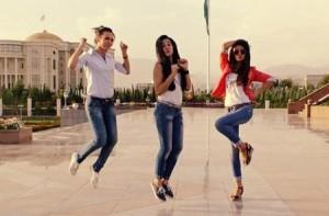 Tajik dance girls