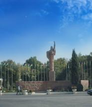 Вахдатский район