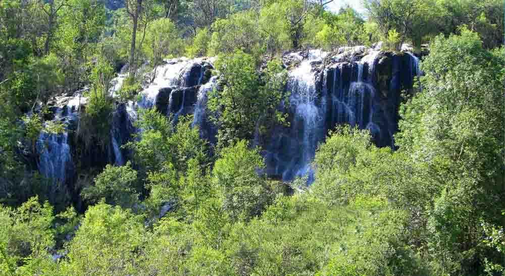 Водопад Сари Хосор
