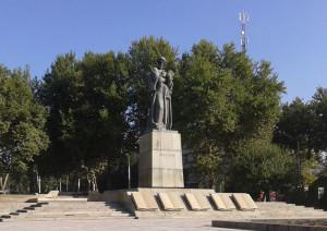 Хайкали Сино дар Душанбе