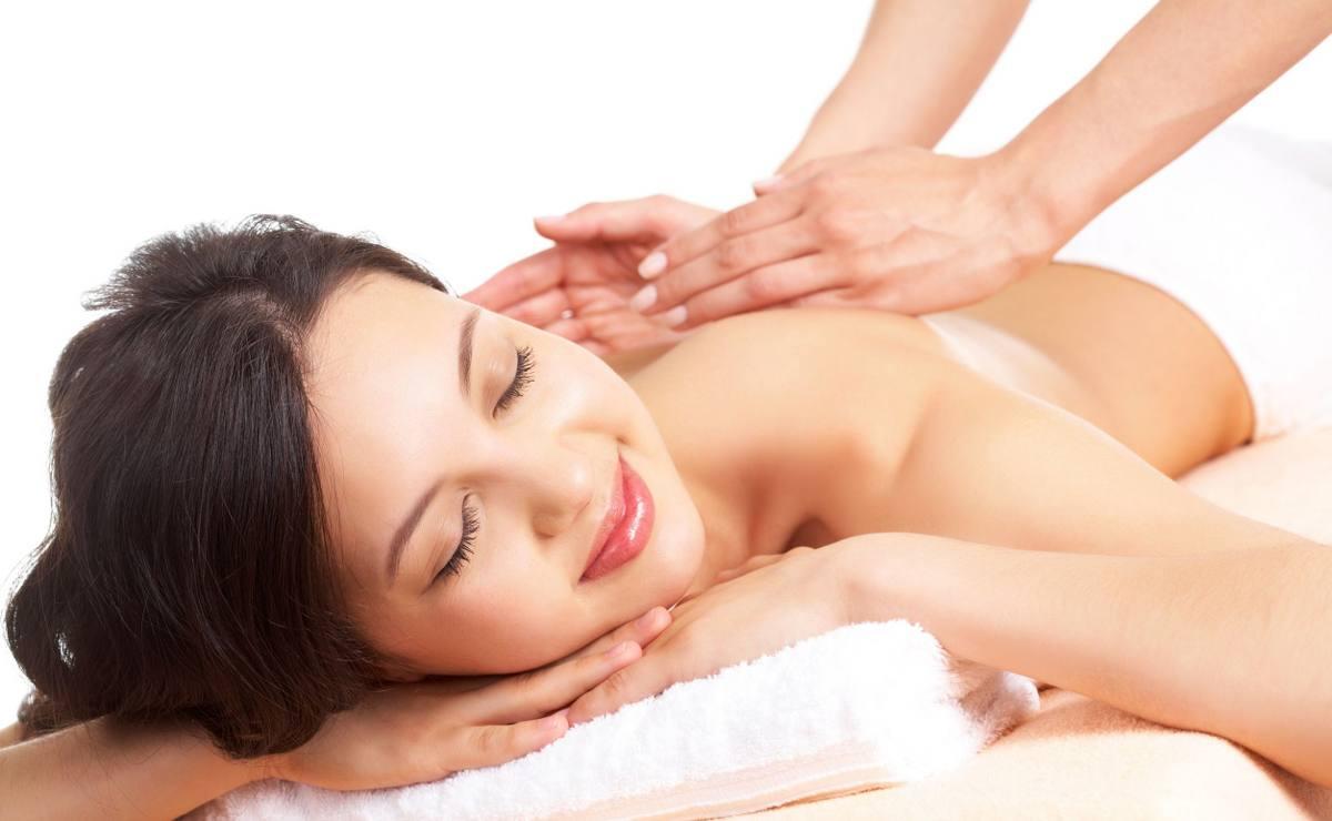 Rich girl needs relaxing massage порно
