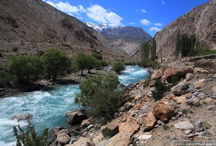 reki_tajikistana