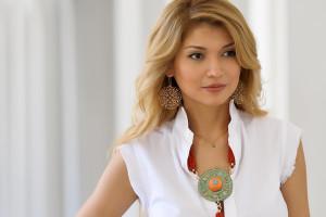 Lola Karimova surati