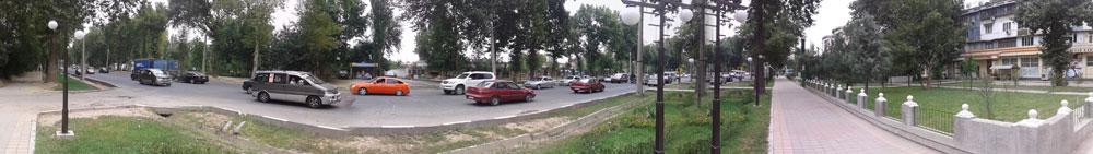 Панорамный снимок Улицы Маяковского города Душанбе