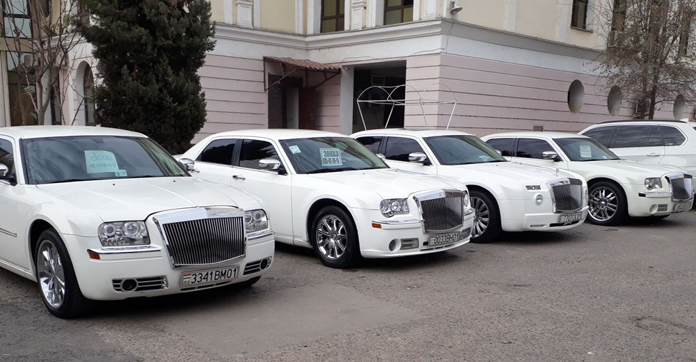 Auto: Rent a wedding car in Dushanbe