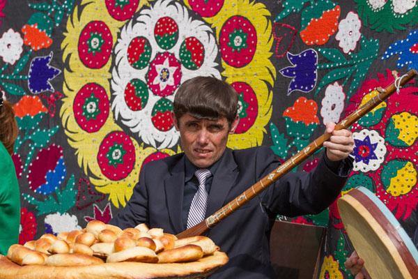 Фотография мушины - гражданина Таджикистана