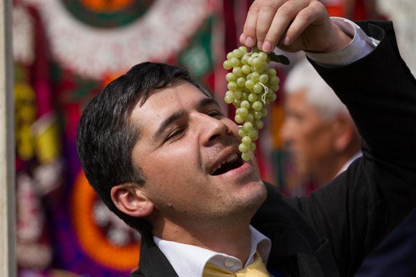 Фото таджика который вкушается