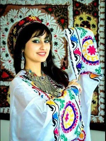 devush-tajik-platya-27