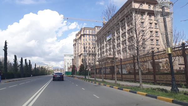 Улица шероз Душанбе