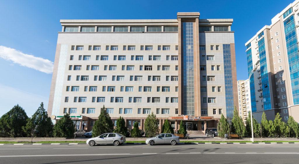 Здание гостиницы Шумон
