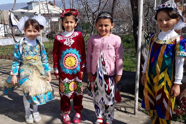 Девчонки таджички